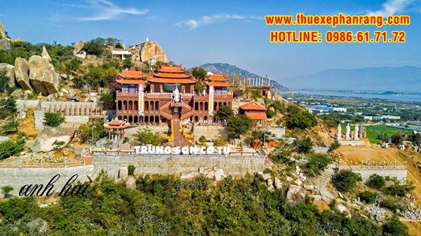 Chùa Trùng Sơn Cổ Tự Dịch vụ thuê xe đời mới tham quan du lịch Ninh Thuận